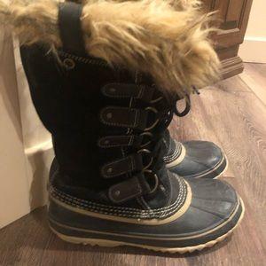 Sorel Joan of Arctic Boots Size 9